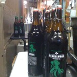 Laurelwood Brewing - Green Mammoth (capped)