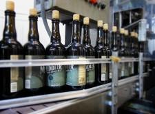 Odell Brewing - The Meddler (bottling line)
